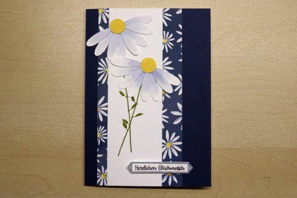 Geburtstagskarte mit Gänseblümchen